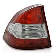 Lanterna-Focus-2009-a-2012-Traseira-Sedan---Modelo-Esportivo